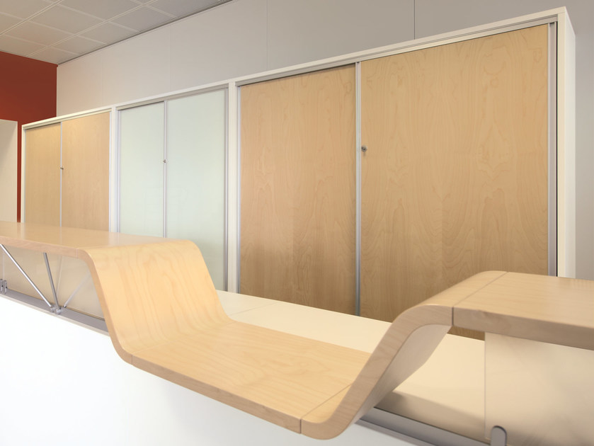 Modular wood and glass office storage unit with sliding doors EKLISS | Wood and glass office storage unit by Ultom