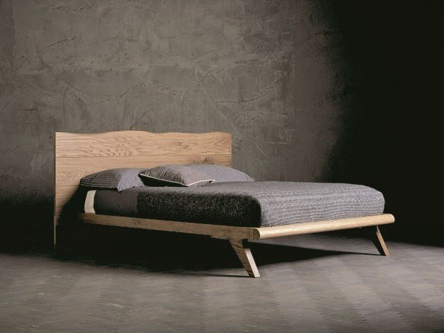 Solid wood double bed WOOD RING 1 by AltaCorte