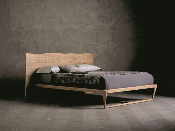 Solid wood double bed WOOD RING 3 by AltaCorte