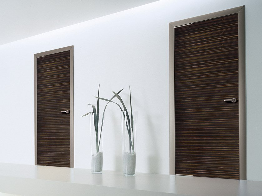 Hinged wooden door WOOD   Wooden door by Longhi
