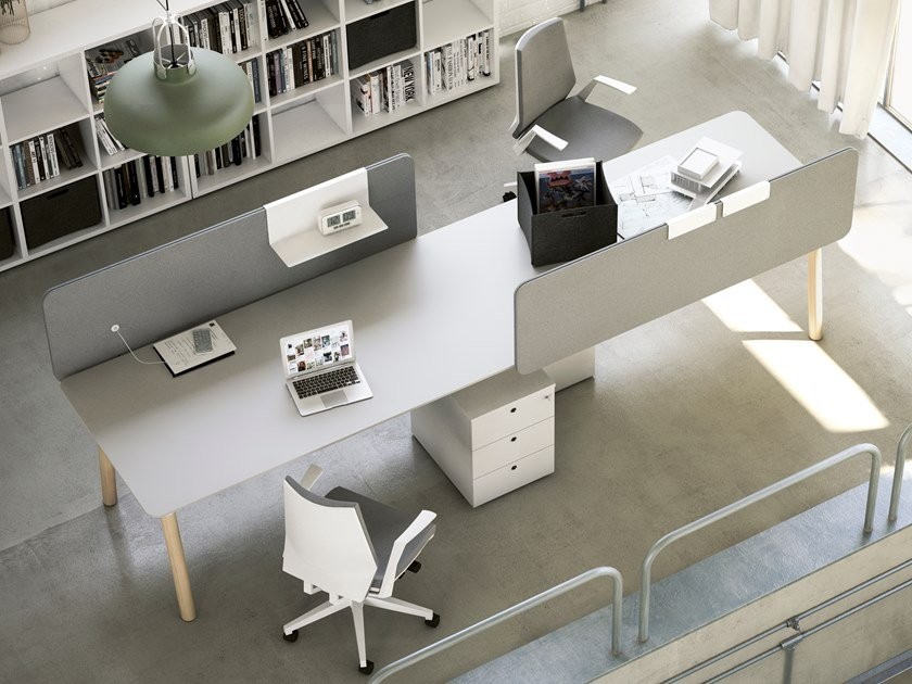 Multiple office workstation with shelves WOODS | Office workstation with shelves by FANTONI