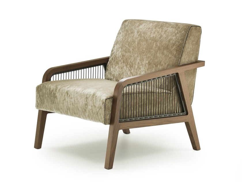 Upholstered fabric armchair with armrests WOODY | Armchair by i 4 Mariani