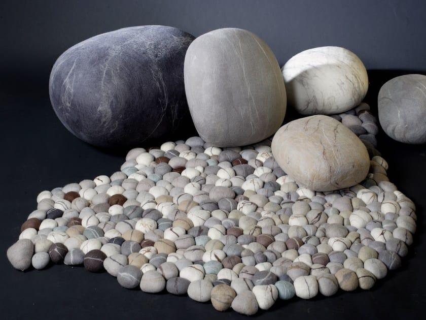 Handmade wool felt rug PEBBLE | Wool felt rug by Ronel Jordaan™
