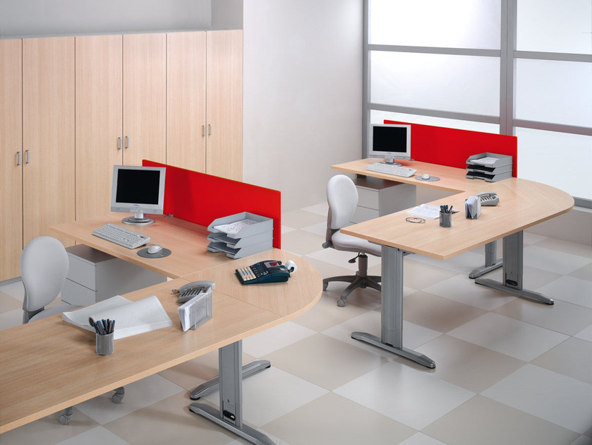 Sectional workstation desk T LEG | Workstation desk by Ultom