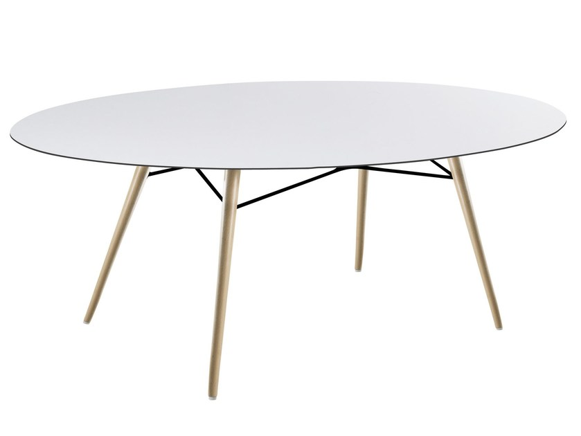 Oval dining table WOX | Oval table by Papatya