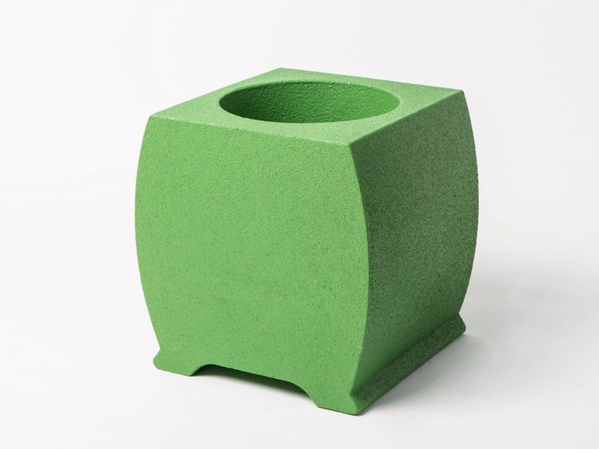 Low Poly Mass® planter RONDE by Be Different