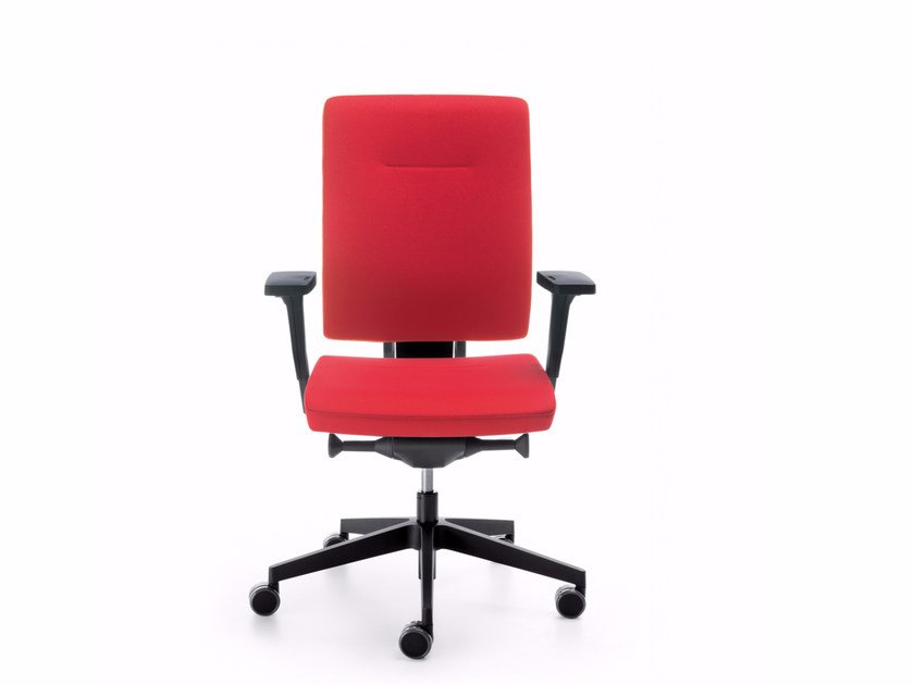 Task chair with 5-Spoke base with armrests XENON 10S by profim
