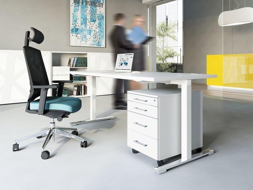 Rectangular melamine-faced chipboard office desk YAN_T | Office desk by MDD