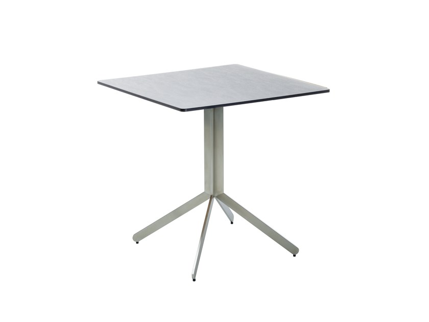 Square garden table YIX | Garden table by solpuri