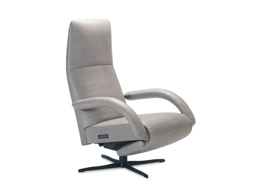 Recliner armchair with 4-spoke base with motorised functions YOGA ELEKTRISCH by JORI