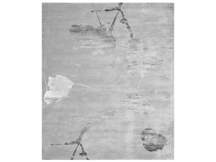 Handmade rectangular rug YOKOHAMA SILVER by HENZEL STUDIO