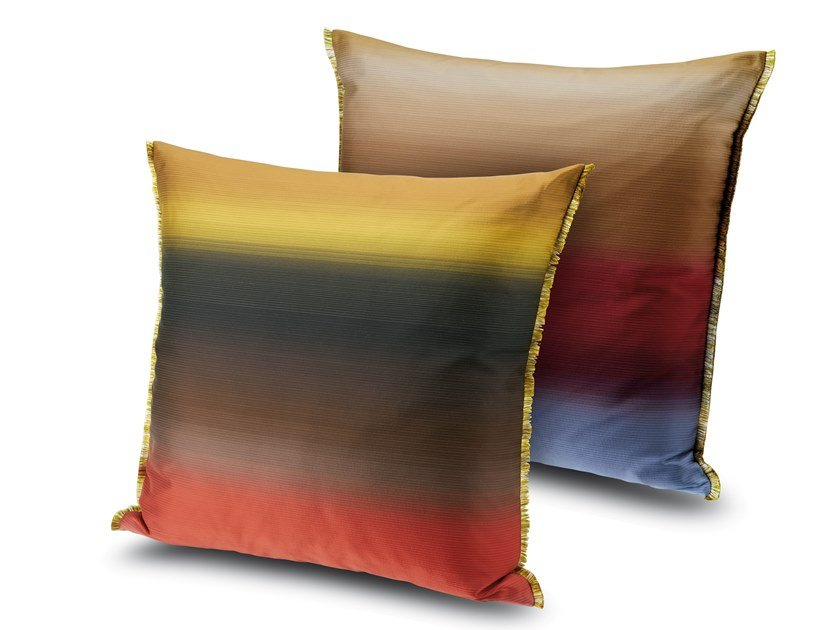 Cuscino in tessuto jacquard a grandi sfumature YONO by MissoniHome
