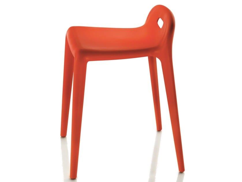 Low polypropylene stool YUYU by Magis
