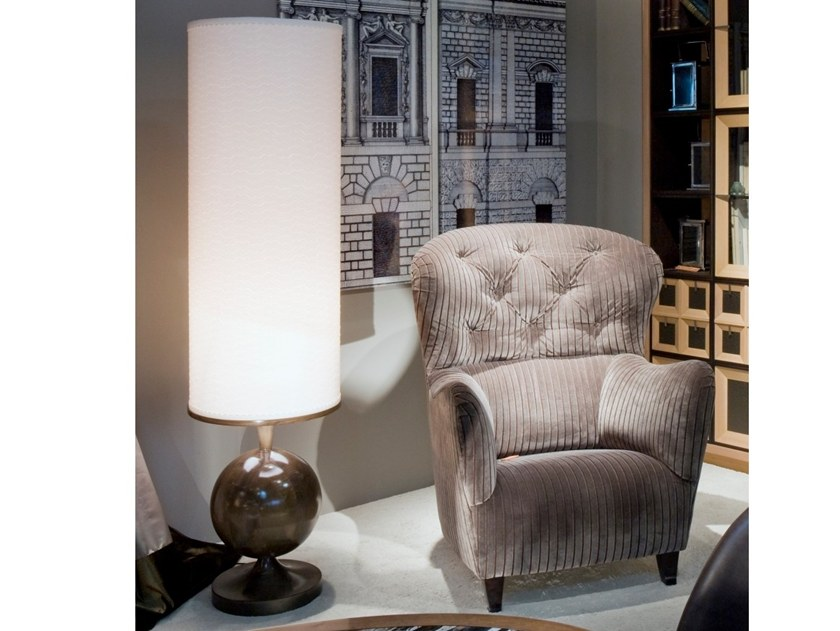 Direct light wooden floor lamp Z 1342 | Floor lamp by Annibale Colombo