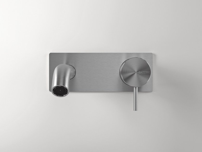 Z316 | Washbasin mixer with plate