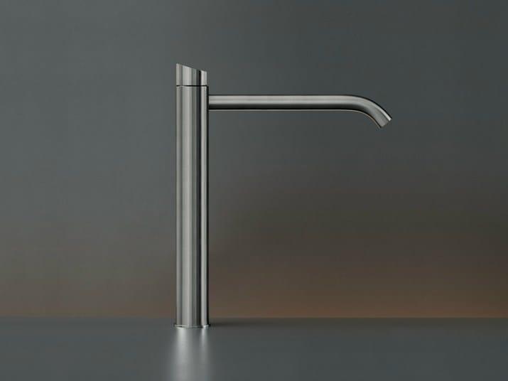 Hydroprogressive 1 hole washbasin mixer ZIQ 40 by Ceadesign