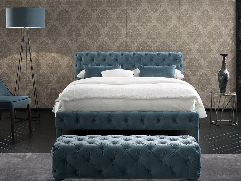 Upholstered fabric bed with tufted headboard ZUMA by Chaarme