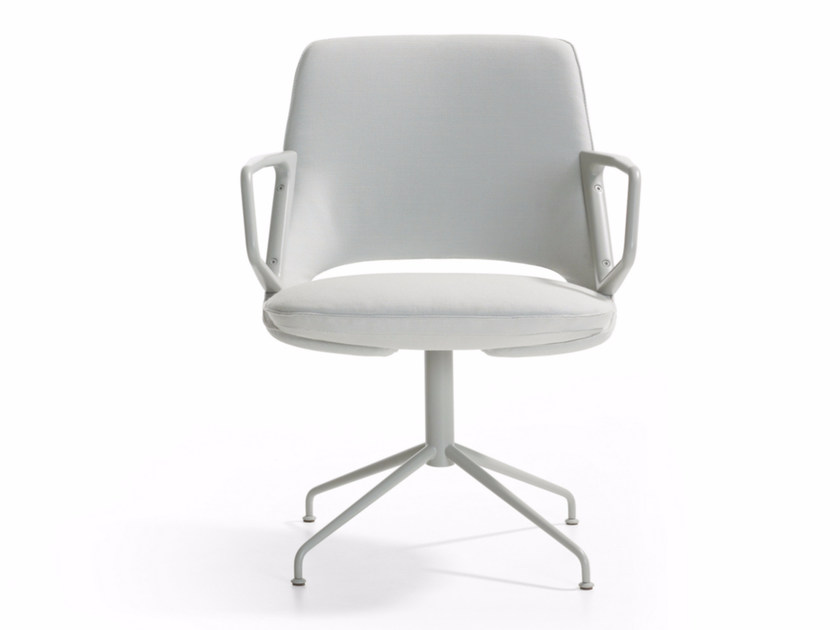 Swivel executive chair with armrests ZUMA | Executive chair by Artifort