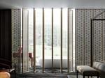 Room divider with aluminium frame