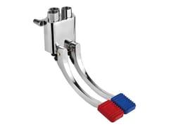 Rubinetto per bagni pubblici con comando a pedale a parete02068 | Rubinetto per bagni pubblici con comando a pedale - IDRAL