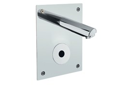 Miscelatore per lavabo a infrarossi in acciaio inox a pareteONE 02530 | Miscelatore per lavabo a infrarossi - IDRAL