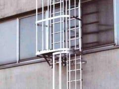 SCALA FISSA VERTICALE ALLA MARINARA CON GABBIA DI PROTEZIONE4047 - FRIGERIO CARPENTERIE