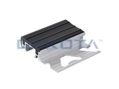 Profilo paraspigolo in alluminioPROFILO ALLUMINIO GRADINO INSERTO PVC - DAKOTA GROUP