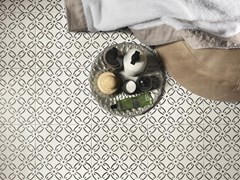 Decoro per pavimento/rivestimentoA_Mano   Tappeto 2 Bianco antico - CERAMICHE RAGNO