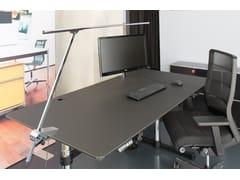 Lampada da scrivania a LED orientabile con morsettoACUS OFFICE - BETEC LICHT
