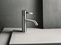 ABOUTWATER, AF/21 - A704WF Miscelatore per lavabo da piano monocomando con finitura satinata