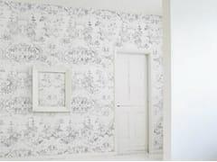 Mineheart, ALMOST WHITE DELFT BAROQUE Carta da parati in vinile con motivi floreali