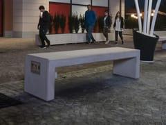 Panchina in calcestruzzo con presa USBANDROMEDA CONNECT - CALZOLARI
