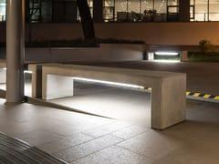 Panchina in calcestruzzo con illuminazione integrata senza schienaleANDROMEDA LIGHTING - CALZOLARI