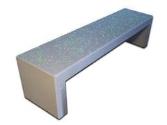 Panchina in calcestruzzo armato con particelle luminescenti.ANDROMEDA STARS - CALZOLARI