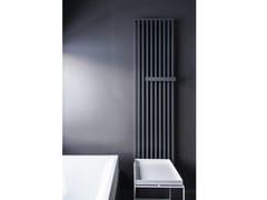Termoarredo verticale in acciaio a parete ARCHE PLUS -
