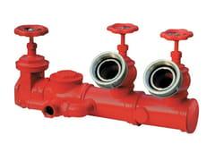 Componente per impianto antincendio Attacco in linea a due idranti -