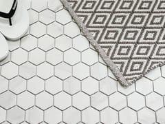 Mosaico in gres porcellanatoBARCELONA - UCI UNION CERAMICS INTERNATIONAL