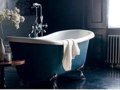 Vasca da bagno ovale in acrilico su piediBATEAU - BATHROOM BRANDS GROUP