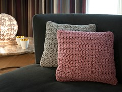 Cuscino quadrato ricamato a mano per esterniBB STYLE - ILEKTRAS CROSHADE