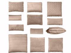 Cuscino in pelle per divaniBELLE DE JOUR - BAXTER