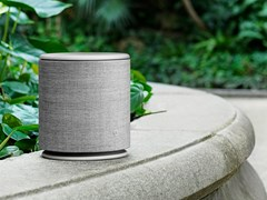 Diffusore acustico wireless in alluminio BEOPLAY M5 - BANG & OLUFSEN ITALIA
