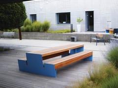 Tavolo da picnic con panchine integrateBLOCQ | Tavolo da picnic con panchine integrate - MMCITÉ1