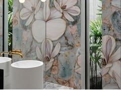 Wall&decò, BRILLANTE Carta da parati impermeabile lavabile con motivi floreali