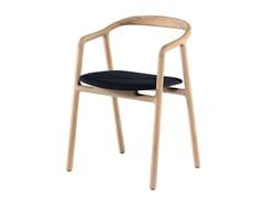 Sedia imbottita in legno massello con braccioliBRIONI | Sedia - WOAK