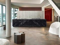 Cucina in marmo Nero Marquina con isolaBT45 CG - BAUTEAM
