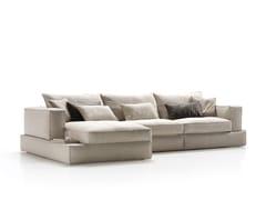 Divano componibile in tessuto con chaise longue CARESSE | Divano con chaise longue - Caresse