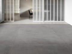 Pavimento/rivestimento in gres porcellanatoCEMENTUM - MARAZZI