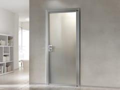 BARAUSSE, CENTRO RING Porta a battente con anta in vetro e telaio in alluminio