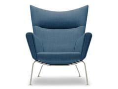 Poltroncina imbottita in faggio con braccioliCH445 | Wing Chair - CARL HANSEN & SØN MØBELFABRIK A/S