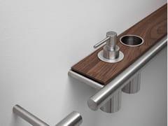 Porta asciugamani / mensola bagno in acciaio inox e legnoCILINDRO | Porta asciugamani a barra - FALPER